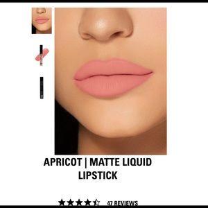 Kylie matte liquid lipstick - APRICOT